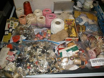 HUGE lot of vintage sewing items zippers, thread, lace, buttons