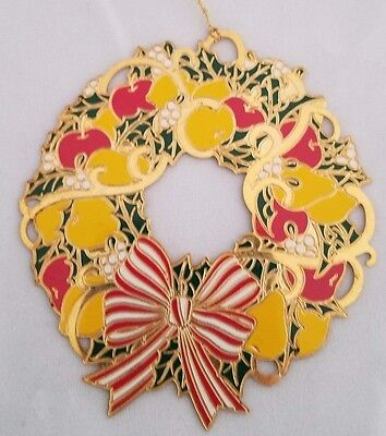 REED & BARTON Painted Goldplated Wreath Frame Ornament Fruit Apples Pears Grapes