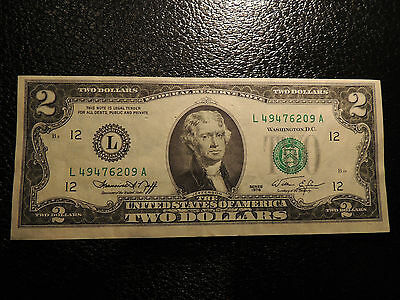1976 Federal Reserve Note Jefferson $ 2 Two Dollars Green Seal L 49476209 A