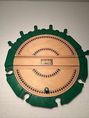 Authentic Brio Action Round About Roundhouse Turntable 33460