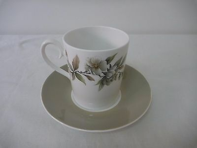 Ridgway Arcadia coffee can and saucer