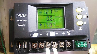 SOLAR CHARGE CONTROLLER LCD 12V/24V 30A BATTERY REGULATOR DUAL USB with FUSES