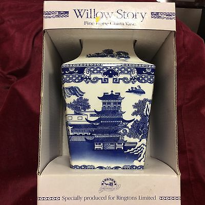 """Large 8"""" tall RINGTONS Willow Story Vase, Boxed"""
