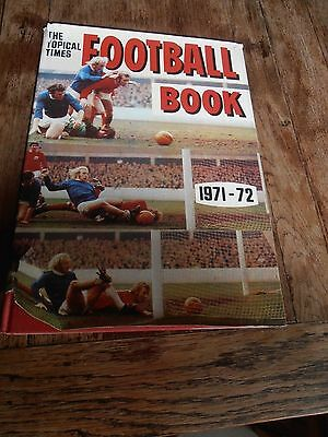 VERY RARE VINTAGE The Topical Times Football Book 1971-72 Handbook