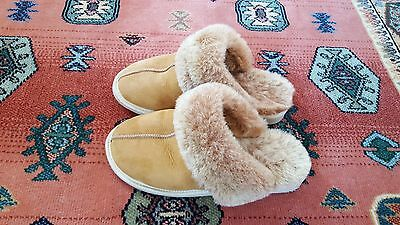 Ladies leather & real wool slippers size 5 hardly used ,
