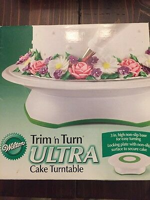 "Wilton # 301 Trim N Turn Ultra Smooth 12"" Raised Base Cake Decoration Turntable"