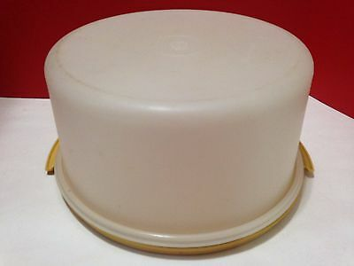 """Tupperware 12"""" Round Cake Container Clear with Yellow Seal 4 Salad, Chips 1256-5"""
