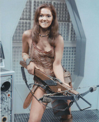 Louise Jameson UNSIGNED photo - H2398 - Doctor Who