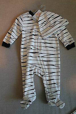 NWT Carter's 3 month Skeleton One Piece sleeper with hat