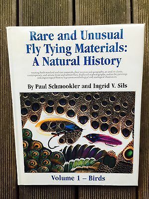 Rare and Unsual Fly Tying Materials: A Natural History, Volume 1 - Birds, Buch