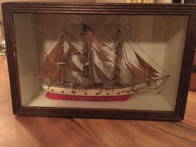 Vintage Model Of Clipper Ship In A Wood Case