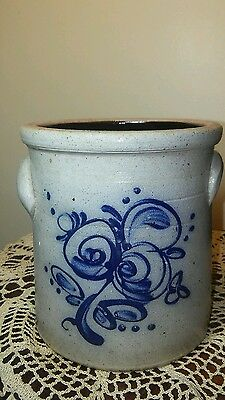 """7"""" Tall x 4.75"""" Rowe Potttery Works Crock with Blue Design"""