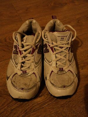 New Balance - Ladies Trainers Abzorb Running Shoes - Size 6 - White Grey Maroon