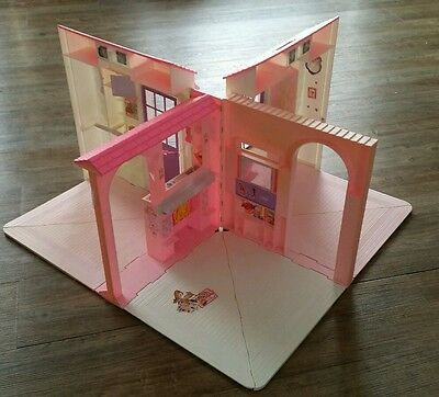 Vintage Mattel Barbie Folding Pretty House Villa Home 1996 Kitchen VALENTINES