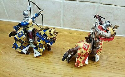 Papo archers blue yellow & red with Papo horses in great condition