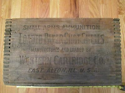 Western Cartridge Company Dupont Loaded paper shot shells Dovetailed Wooden Box
