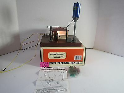 Lionel 6-12835 ILLUMINATED FUELING STATION New In Box
