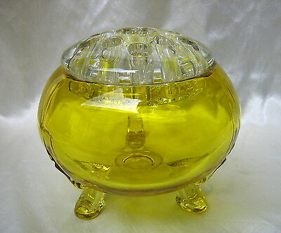 VIKING Yellow Amber Glass Flowerlite 3 Footed Flower Bowl Vase w Clear Frog