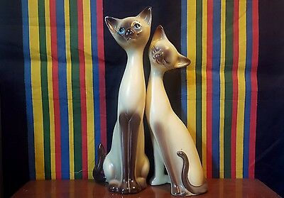 Pair of Siamese Cat Salt Pepper Shakers / Kitsch / Retro / Vintage / Cats / Pets