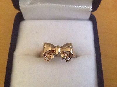 Gorgeous Bow Designed 9ct Solid Yellow Gold & Diamond Ring