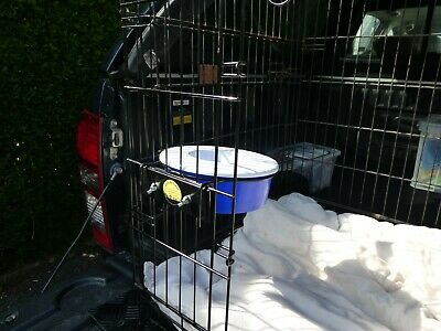 Gilly Bracket - dog crate / cage  water bowl bracket inc non spill travel bowl