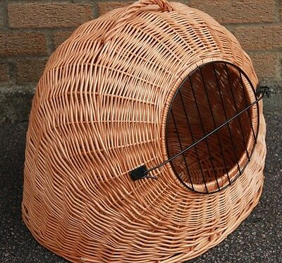 X LARGE - Wicker Pet Carrier Igloo /Dog Cat Rabbit, Natural Crate