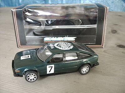 SCALEXTRIC ROVER 3500cc GREEN NSCC 1996  C561  LIMITED EDITION