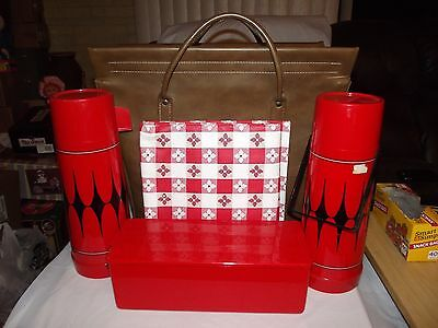 Vintage Aladdin Picnic Thermos Set Bag Double Thermos Lunchbox & Table Cloth