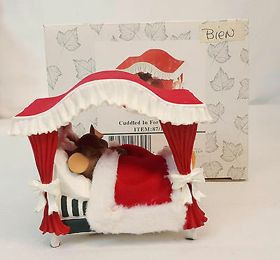 Charming Tails CUDDLED IN FOR CHRISTMAS Holiday Mouse Figurine 87/159 NEW in BOX