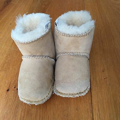 baby Boots Booties Just SHEEPSKIN 6-12 months