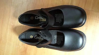 NEW Grosby girls school shoes size 1