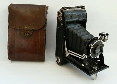 Vintage ZEISS Ikon Ikonta BII Bellows Camera with Frontar Lens, & Leather Case