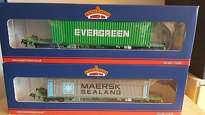 Bachmann OO Gauge Intermodal  Wagons with 45ft Containers Maersk & Evergreen