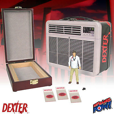 Dexter 3 3/4-Inch Action Figure in Tin Tote with 3 Blood Slide Box UK SELLER