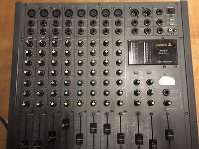 Samick 8 channel mixer