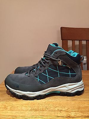 North Face Tempest Walking/Hiking Boot. Gore-Tex Size 7
