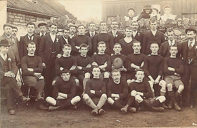 Photo boys men 1900-10s LLANSAMLET Swansea rugby union team shorts gay int.