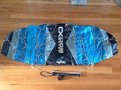 Cross Boarder - Kitesurf Trainer Kite 2.5m.  Complete with bar and lines.