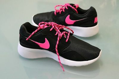 NEW Nike GIRLS Kaishi sz 2 Black Pink Run GYM TRAIN Lightweight SHOES SNEAK