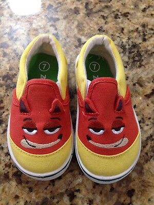 Zootopia Disney Boys/girls Unisex Shoes Size 7 New Small Defect