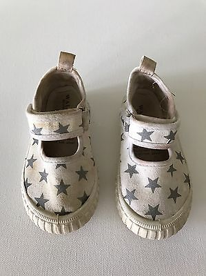 Walnut Toddler Girls Mary Jane White And Silver Star Shoes Size 26