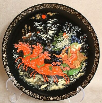 "Genuine Hand Painted Russian Paleh Plate ""Morozko"", USSR 1990 - UNUSED in Box!!!"