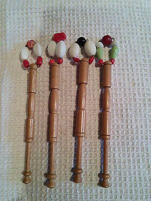 4 Lace Bobbins in polished light wood with spangles