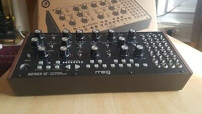MOOG MOTHER 32 SEMI MODULAR Analogue Synth Eurorack