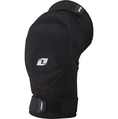 One Industries Conflict Knee Guards Set