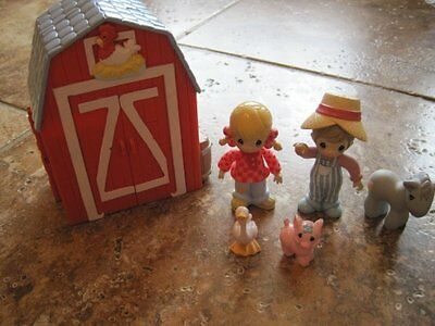 Precious Moments Annie Country Lane Barn playset boy girl animals toy figures