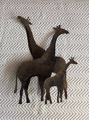 Vintage HOMCO GIRAFFE FAMILY Metal Wall Sculpture Hanging Plaque Collectible