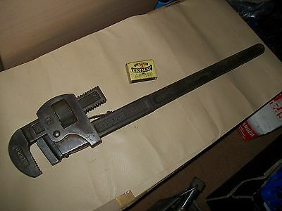 Record 24 Inch Pipe Wrench / Stilsons