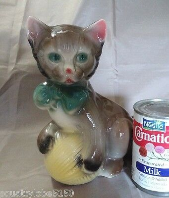Royal Copely Kitten or Cat w/Yellow Ball of Yarn Pottery Planter 8""