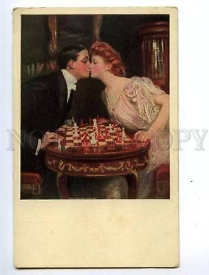 150268 KIss Lovers CHESS by UNDERWOOD Vintage postcard